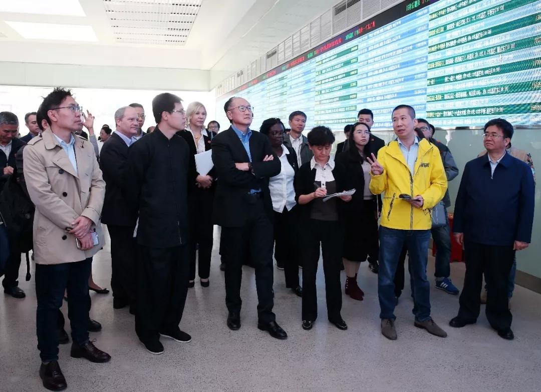 """世界银行行长金墉访问满帮集团 """"将车货匹配模式推广到所有发展中国家去"""""""